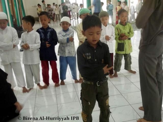 anak-anak sholat dhuha